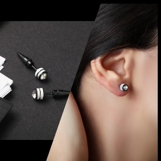 Earring Piercing 7563