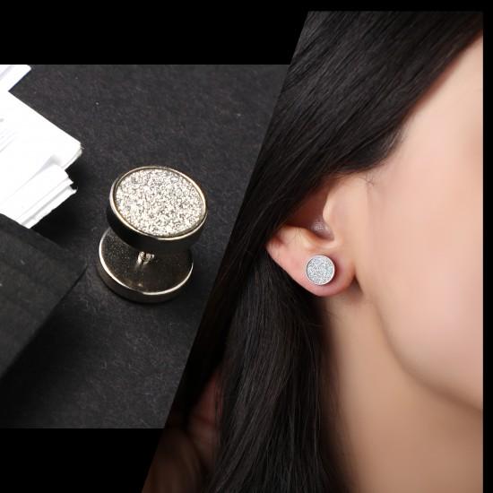 Earring Piercing 7463