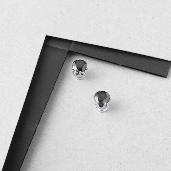 Earring Piercing 7561